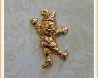 6 pcs leprechaun lucky elf gnome St. Patrick Irish charm stamping finding, embellishment #3567