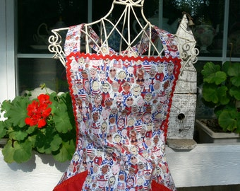 Patriotic Style Apron, Cotton Fabric, Features Children All Around the World, Red, White, and Blue, Patriotic Flags