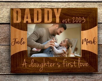 Personalized Father's Day Gift Wooden Picture Frame Laser Engraved Customized Wood Frame With Stand Best Dad Year Name Personalization DSG10