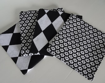 set of 6 napkins reversible black and white