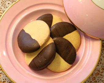 Chocolate Dipped Vegan Shortbread