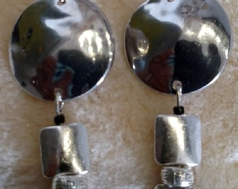 Hammered texture earrings