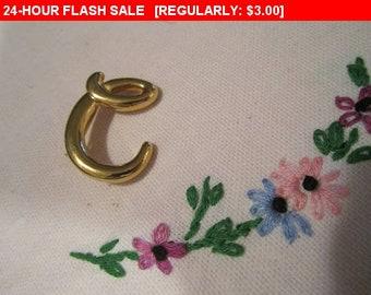 initial e  brooch,  pin brooch, estate jewelry