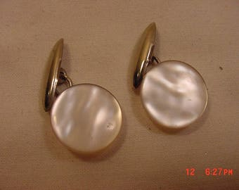 Vintage Mother Of Pearl Cuff Link Set  18 - 106