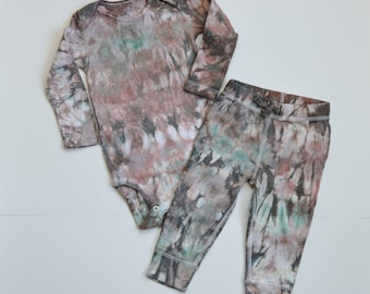 12 Month Tie Dye Baby Outfit . Brown and Green Tie Dye Set . Hippie Baby Boy Set . Camo Baby Outfit