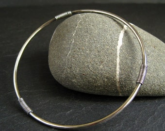 Slim sterling silver bangle for women with three silver coil decorations, skinny ladies bracelet in oxidized or shiny hammered finish