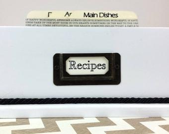 BEAUTIFUL Modern WHITE and BLACK , Recipe Card Box , 5 custom tempered hardboard divider cards
