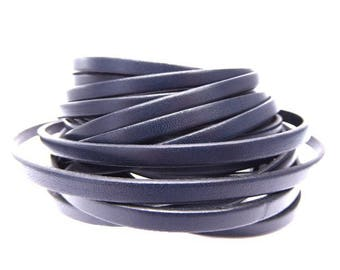Leather strap, Navy Blue, 5 mm sold by 20 cm