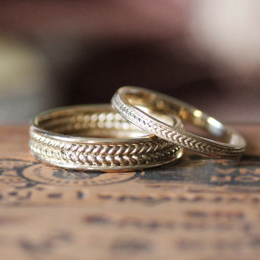 zoom - Yellow Gold Wedding Ring Sets