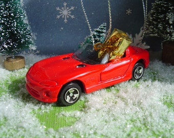 1997 Dodge Viper RT/10 Convertible car with Christmas tree and gift package ornament
