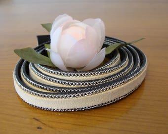Velvet faux suede cream flat 10 mm 50 cm cord