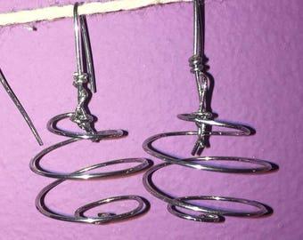 Round spiral dangle earrings