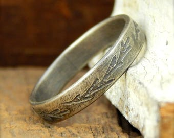 Fern wedding band, engraved leaves branches, sterling silver, simple wedding band, 4 mm wide x 1.5 mm thick.