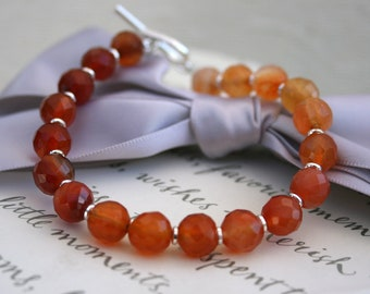 Carnelian Bracelet in graduated shades with Sterling silver toggle