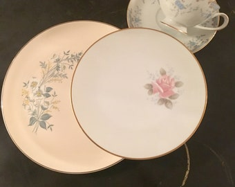 Vintage, Mismatched 4 piece Place Setting for, weddings, tea parties, dinner parties, bridal , baby showers, hostess, bridesmaid gifts 6011
