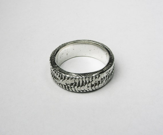LIMITED EDITION-Thick Silver Snakeskin Cuttlefish Cast Ring