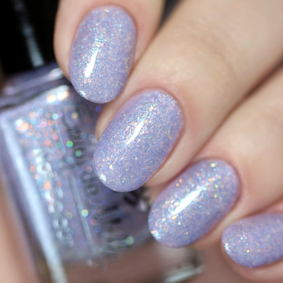 Nail polish Dreams Of Glass A light purple with