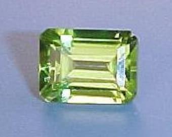 7x5 emerald cut peridot gem stone gemstone
