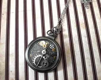 Necklace pocket watch with a Dragonfly hour dial wheel clock watch Dragonfly figure shows antique vintage steampunk gear
