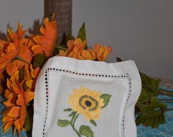 Embroidered Square Sunflower Sachet Holder with Lavender/ Handcrafted Sachet/ Embroidered Sachet/ Sunflower Sachet/ Embroidered Sachet
