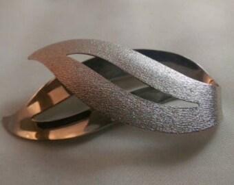 Sarah Coventry Modernist leaf brooch