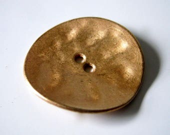 4 Large Golden Tone Metal Buttons, 30x29mm, Sewing, Crafts, Large Buttons, Buttons 1224