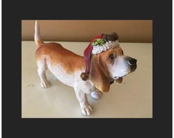Ceramic hound dog sculpture decoration collection decoration gift present red Santa hat gold bell wreath green glitter