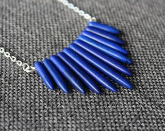 Dark blue stone spike necklace