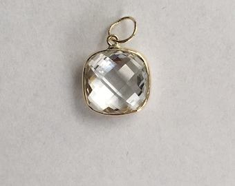 14k yellow gold and white topaz  pendant, cushion, checkerboard cut , 10mm by 10mm