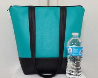 Vinyl Insulated Lunch Bag, Large Full Vinyl with Vinyl Shoulder Straps,Turquoise, Womens, Nylon Liner, Inner Zipper Pocket, Large Capacity.