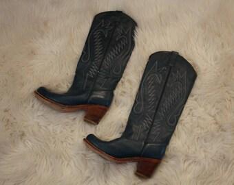 vintage blue Womens western cowboy boots size 6