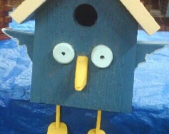 B18 Bluebird Bird House