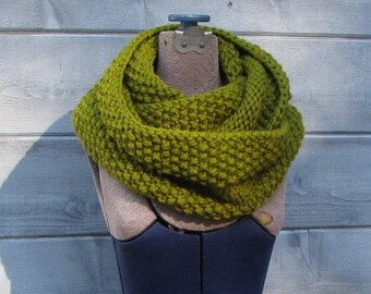 Lime Green Infinity Scarf - Warm Green Wool Cowl - Chunky Hand Knit Scarf - Lemongrass Wool Scarf - Soft Green Circle Scarf - Gift for Her