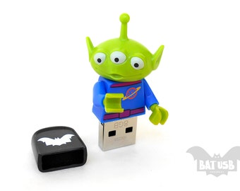 Lego Disney Toy Story Alien usb 16/32/64GB - Creature usb - Lego® original Minifigure - Alien Lego Disney Minifigure - Lego usb -Toy Story