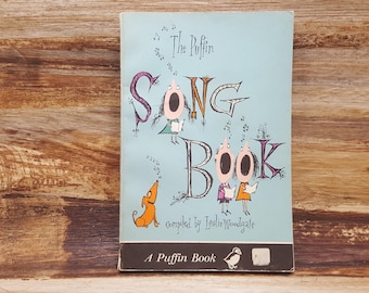 The Puffin Song Book, 1961, Leslie Woodgate, vintage music book, puffin book