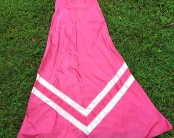 Vintage 1970s Vassarette long pink chevron nightgown