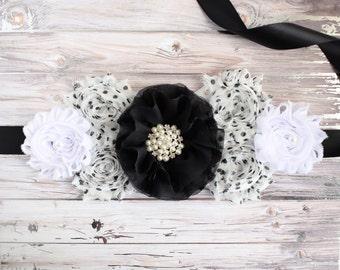 Black and White Maternity Sash, Black White Belly Sash, Mommy to Be Flower Sash Belt, Neutral Baby Shower, Black Belt, Custom Belly Sash