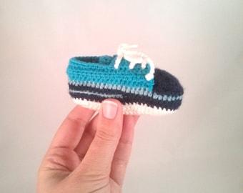 Baby booty *handmade* crochet baby shoe