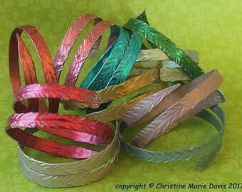 Gifts for Mom... SMASHING!! Metal Knitting Needle Bracelet (Thin)- Gift for your Knitter - Made from Vintage Aluminum Knitting Needles