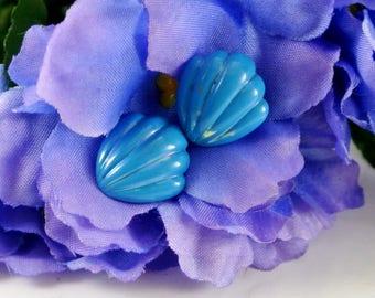 Blue Shell Stud Earrings Blue Enamel Earrings Vintage 70 Earrings Blue Earrings Blue Lightweight Studs