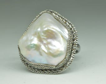 Baroque pearl ring, ring size 8, Steel ring with Baroque pearl, Baroque pearl ring, natural pearl ringoval ring