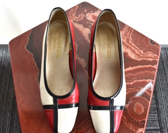 Color block Mondrian-inspired Red, Black and White Pump by California Magdesians Size 7