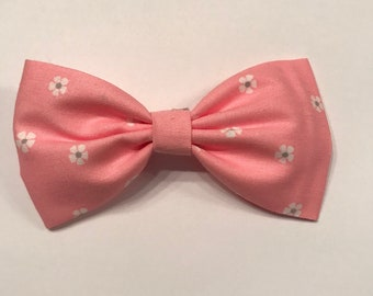 Pink tiny flowers bow