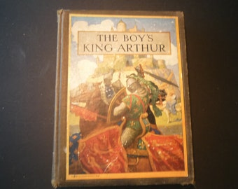 The Boy's King Arthur - illustrated  by N  Wyeth - 1917 edition Very Good Condition  - 15 color illustrations Scribners