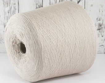 Cashmere/Silk/Merino lace yarn on cone, very light grey-beige, auf Kegel per 100g