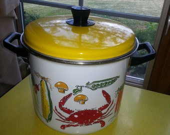 LAST CHANCE SALE!!! Vintage 1970s Enamelware Cape Cod Lobster and Vegetable Four Piece Cooking Steamer Pot