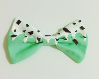 Mint Chocolate Chip Ice Cream Bow (Made to Order)