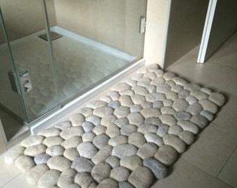 Felt stone rug / bath mat super soft with soft core wool