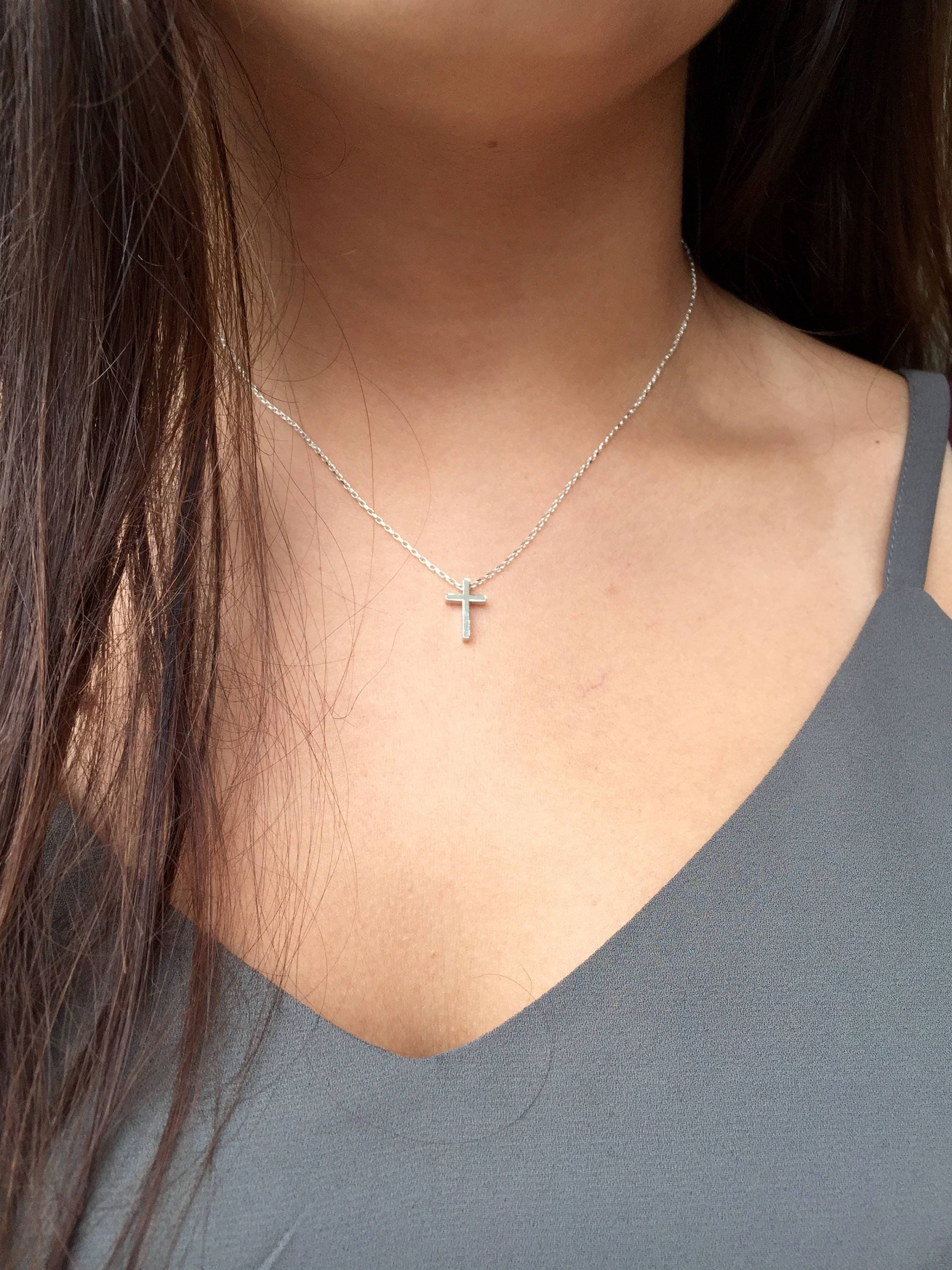 dp silver necklace amazon cross com handmade tiny pendant sterling inch dainty choker small