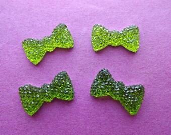 Cabochon green rhinestones (x 4) big bows